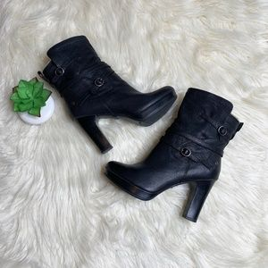Ugg Black Olivia Boots Size 7.5 Style 1005645